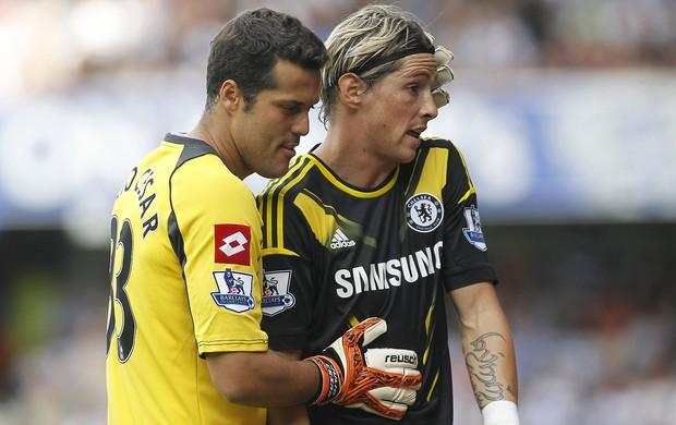 Julio Cesar e Fernando Torres, QPR x Chelsea (Foto: Agência AP)