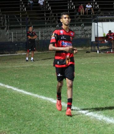 Augusto, do Flamengo-PI  (Foto: Wenner Tito )