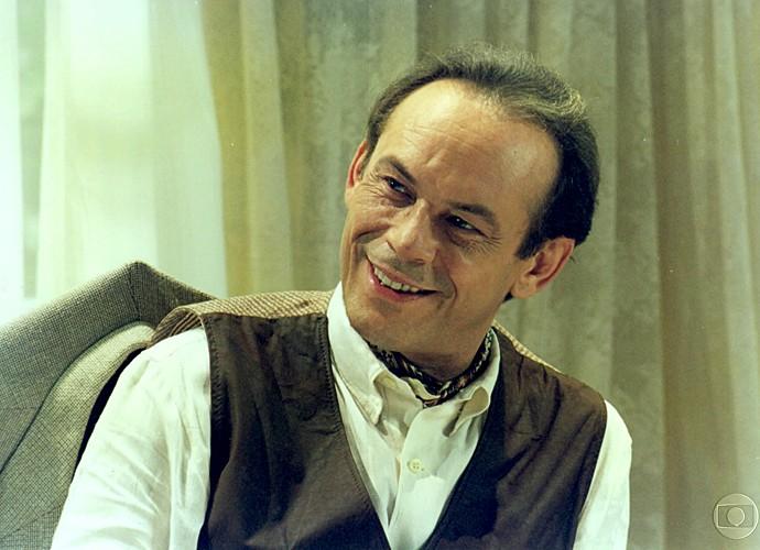 Em 'O Fim do Mundo', José Wilker era Sebastião Socó, grande plantador de tabaco, proprietário da Socó S.A., e conhecido como Rei do Fumo.  (Foto: Cedoc / TV Globo)