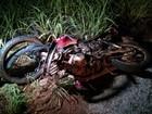 Motociclista morre após colidir com carro de prefeito e ser atropelado