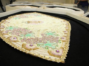 Projeto busca resgatar história de mantos de Nossa Senhora de Nazaré (Foto: Paulo Akira / O Liberal)
