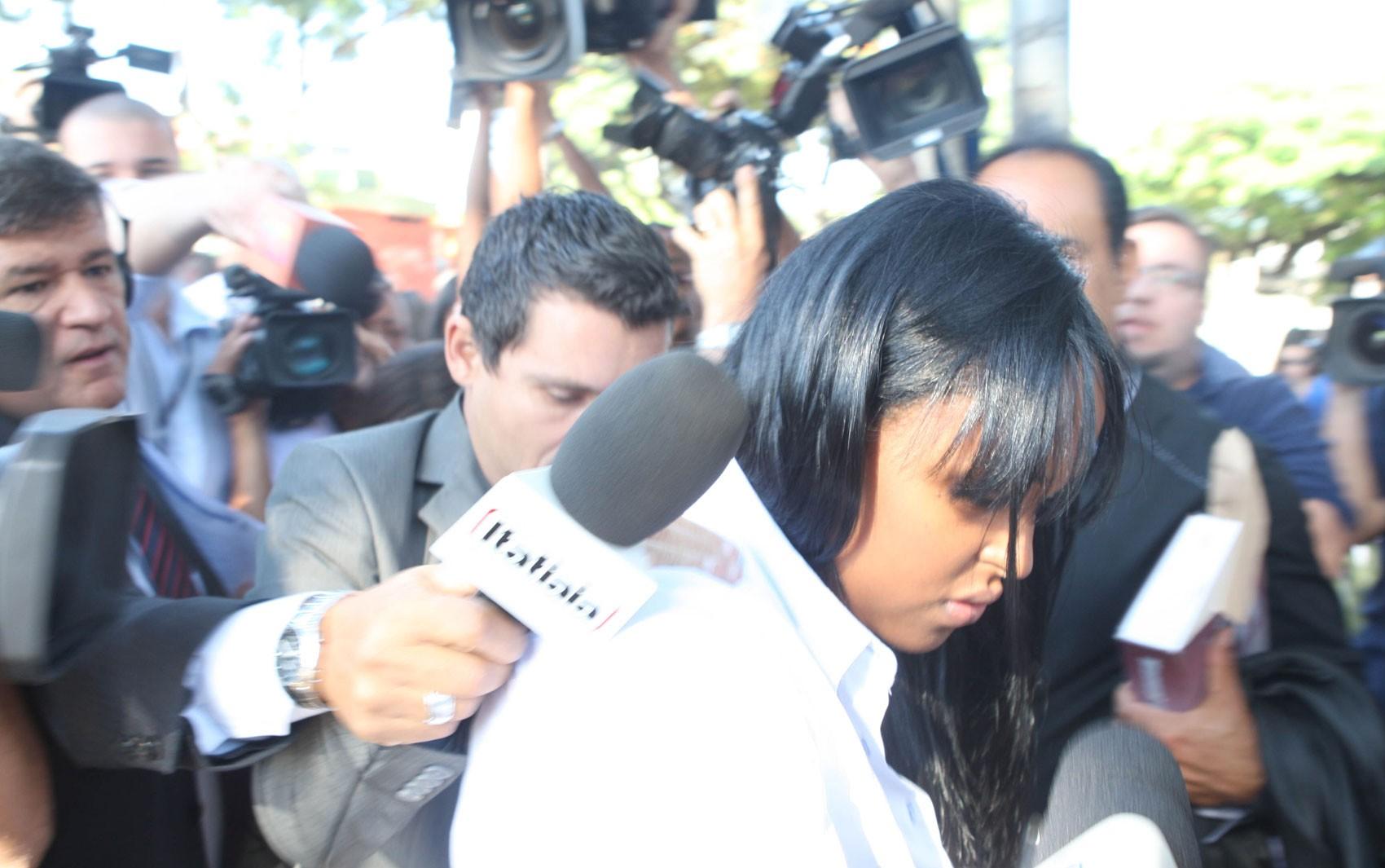 70b2e8c6fb6 G1 - Goleiro Bruno chega ao Fórum de Contagem para júri do caso ...