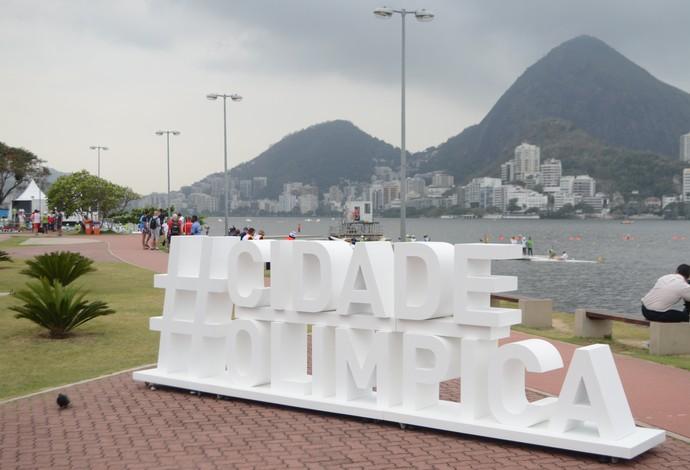 Evento-teste de canoagem na Lagoa (Foto: Luiz Gomes / Ag. O Globo)