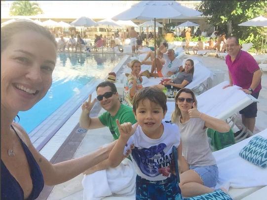 Luana Piovani e família (Foto: Reprodução/Instagram)