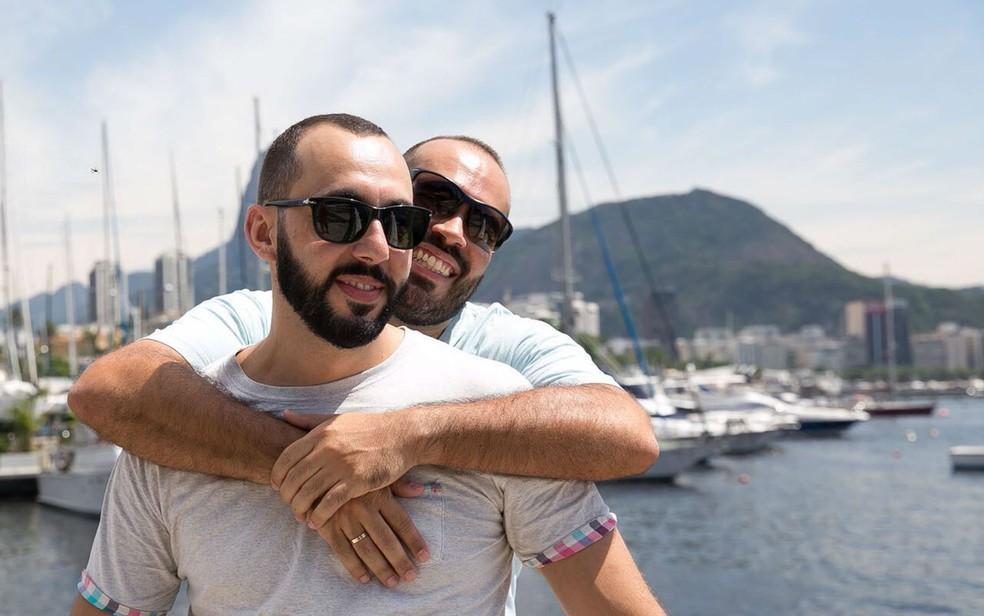 Pablo Sanches e Fábio Mendonça de Sá puderam se casar após regulamentação do casamento gay no Brasil, em 2013 (Foto: Dantas Júnior/Divulgação)
