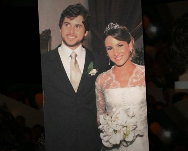 Cláudia Leitte revelou que quase não conseguiu acordar para casar após despedida de solteiro 'bombante' (Foto: TV Globo)