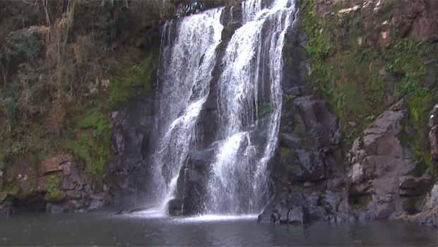 As cachoeiras surpreendem por sua quedas d'água  (Foto: Reprodução/RPC)