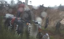 Carro da PM capota, deixa um militar morto e outros três feridos (Reprodução/TV Anhanguera)