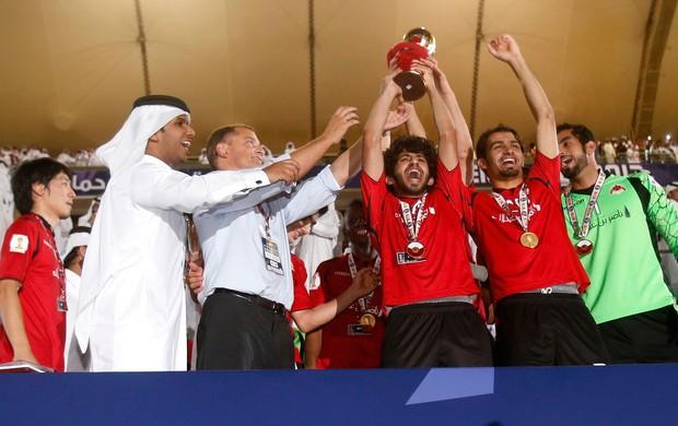 al-rayyan comemora título al saad Emir Cup (Foto: Agência Reuters)