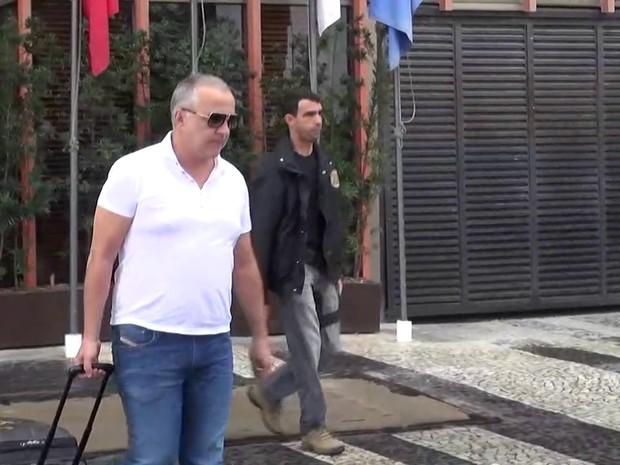 Cachoeira foi preso em Hotel na Zona Sul do Rio na manhã desta quinta-feira (Foto: Reprodução / TV Globo)