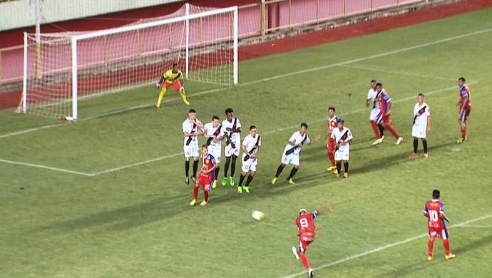 Gol Marcelo Brás, Plácido de Castro 3 x 1 Vasco-AC Acreano 2107 (Foto: Reprodução/Rede Amazônica Acre)