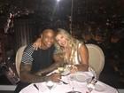 Léo Santana comemora 2 meses de namoro com Lorena Improta
