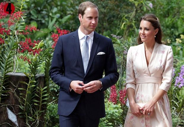 11 de setembro de 2012: Será uma barriguinha? Kate Middleton mostrou pequena saliência ao usar quimono (Foto: Getty Images)