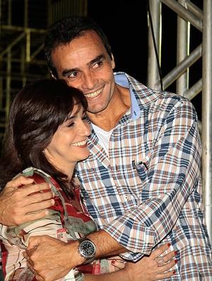 vôlei de franco ao lado da esposa (Foto: Fernando Elias / CBV)