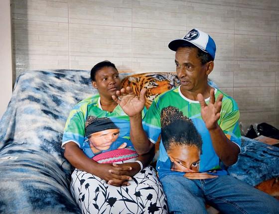 Família da campeã olimpíca Rafaela Silva (Foto: Pablo Jacob / Agência O GLobo)