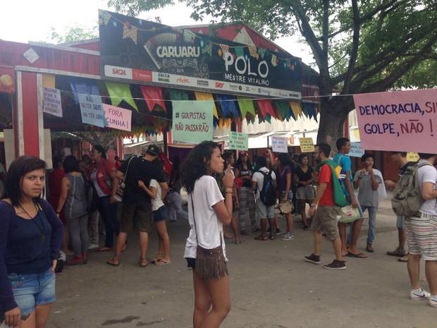 Protesto Caruaru (Foto: Joalline Nascimento/G1)