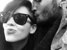 Sophia Abrahão ganha beijo de Fiuk