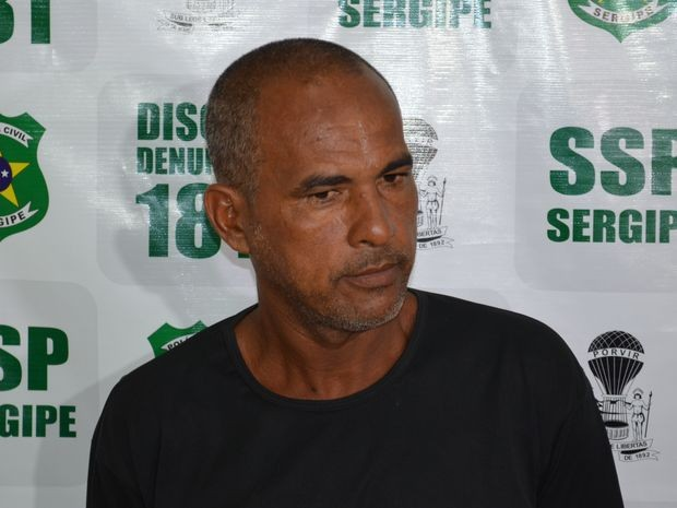 Ernandes era fugitivo do presídio de Brasília e trabalhava como flanelinha na Orla da Atalaia  (Foto: Tássio Andrade/G1)