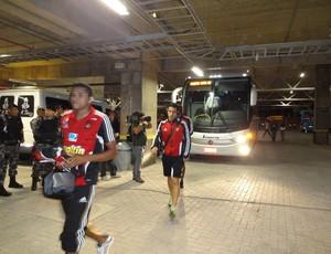 caracas grêmio chegada arena libertadores (Foto: Hector Werlang/Globoesporte.com)