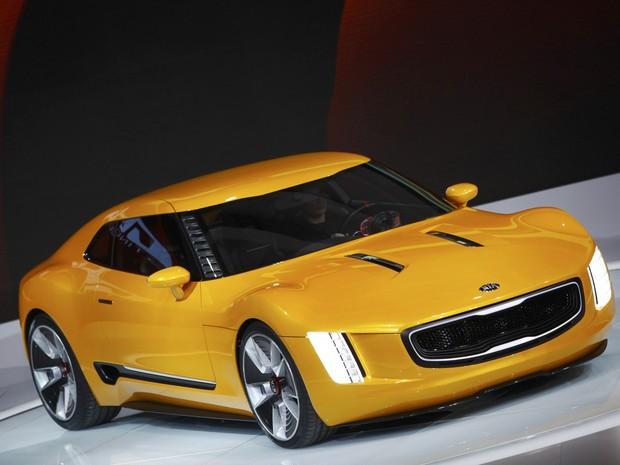 Conceito Kia GT4 Stinger é um dos destaques da marca no Salão de Detroit 2014 (Foto: REUTERS/Joshua Lott)