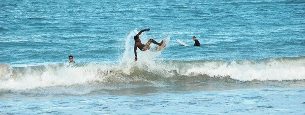 Fininho está disputando o Mundia de Surfe Amador, no Panamá (Foto: Lucas Barros/Globoesporte.com)