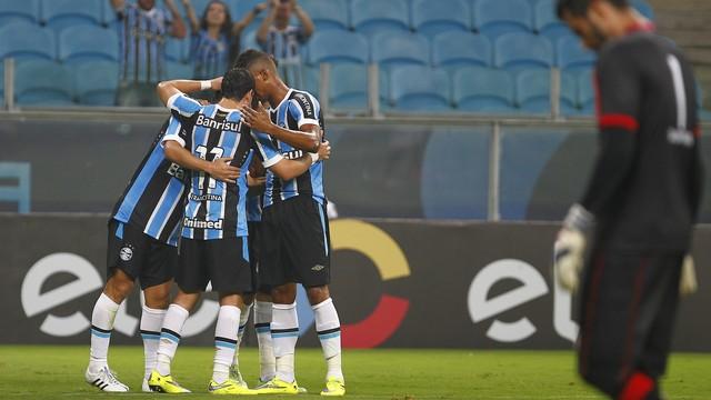 Grêmio x Campinense - Copa do Brasil 2015 - globoesporte.com fa59c75dc9e8c
