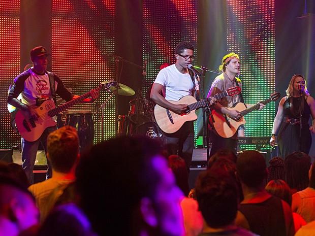 Galera da Ribalta faz abertura do show do Natiruts (Foto: Ellen Soares / TV Globo)