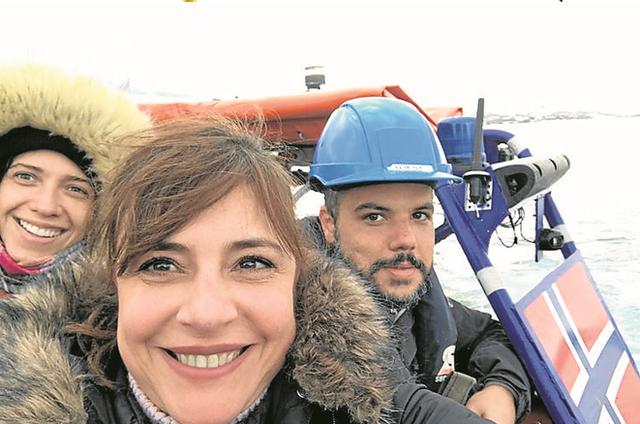 Mônica Sanches, a editora Luisa Sá e o cinegrafista Pedro Acyr foram à Noruega  (Foto: Arquivo pessoal)