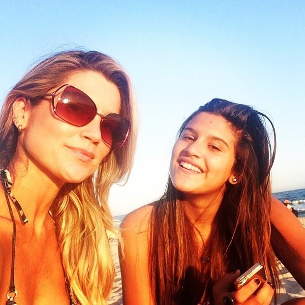 Flávia Alessandra com a filha Giulia (Foto  Instagram) 7ac13f3a33