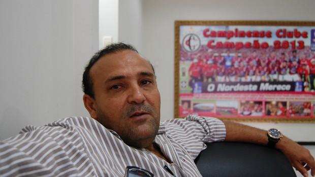 William Simões, presidente do Campinense (Foto: Silas Batista / Globoesporte.com/pb)