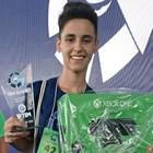 Adolescente de 14 anos vence no FIFA