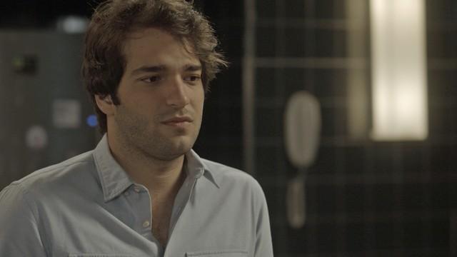 Tiago (Humberto Carrão) (Foto: TV Globo)