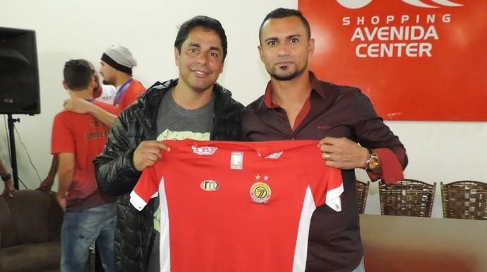 Tony Montalvão (à esquerda), gestor do Sete de Dourados (Foto: Divulgação/Sete de Dourados)