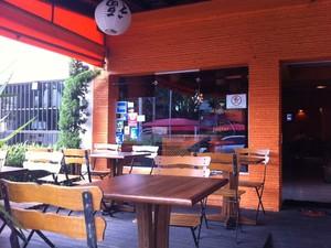 Restaurante oriental Kyoku, em Pinheiros, frequentado por Chorão, vocalista do Charlie Brown Jr (Foto: Rodrigo Ortega/G1)