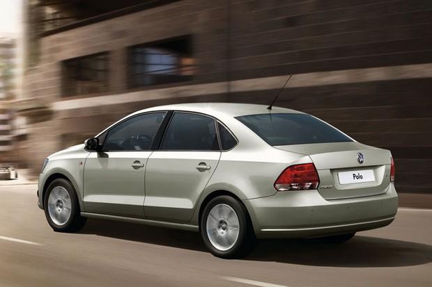Quinta geração do Volkswagen Polo também teve direito ao sedã (Foto: Divulgação)
