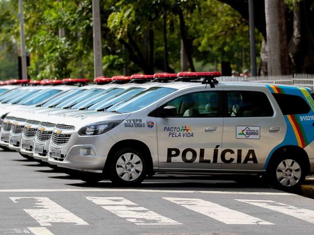 Resultado de imagem para foto de viatura da policia de pe