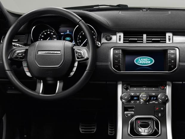 auto esporte range rover evoque ganhar nova 39 cara 39 no sal o de genebra veja. Black Bedroom Furniture Sets. Home Design Ideas