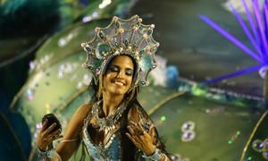 Desfiles da Sapucaí começam nesta sexta com 7 escolas da Série A, no Rio