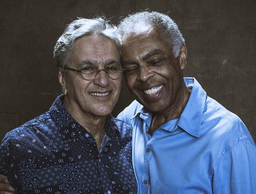 Caetano e Gil concorrem ao Grammy 2017 com o lbum 'Dois Amigos, Um Sculo De Msica: Multishow Ao Vivo' (Foto: Divulgao)