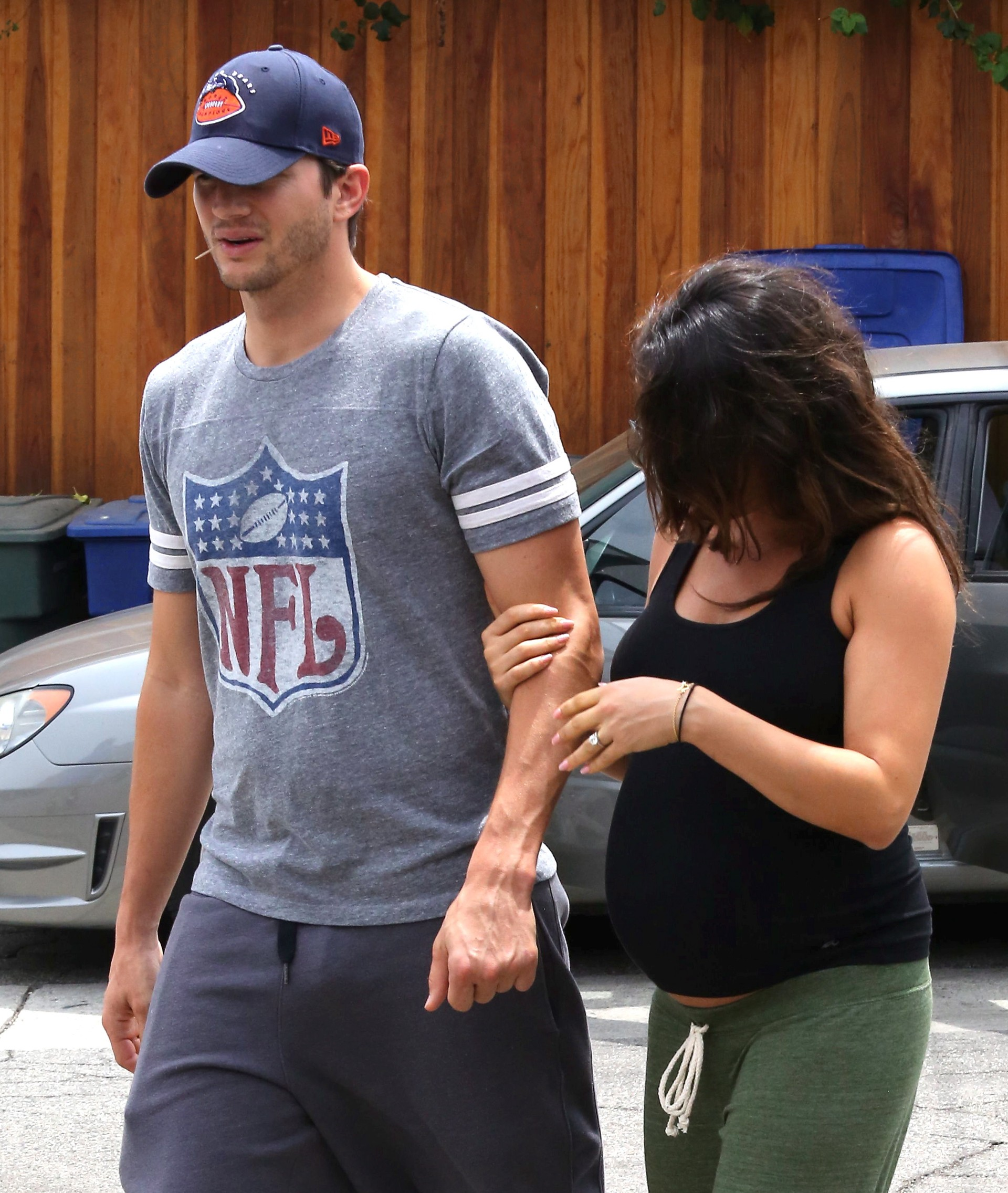 Ashton Kutcher e Mila Kunis (Foto: The Grosby Group)