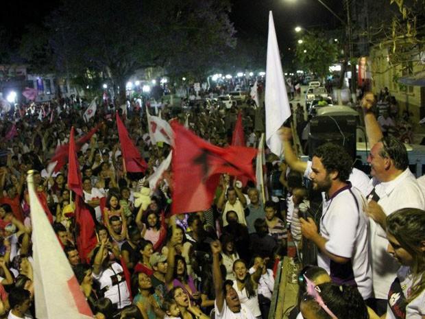 Ulisses Guimarães Borges, 23 anos, comemora a vitória como prefeito de Caldas (MG) (Foto: Elias Guimarães Borges)