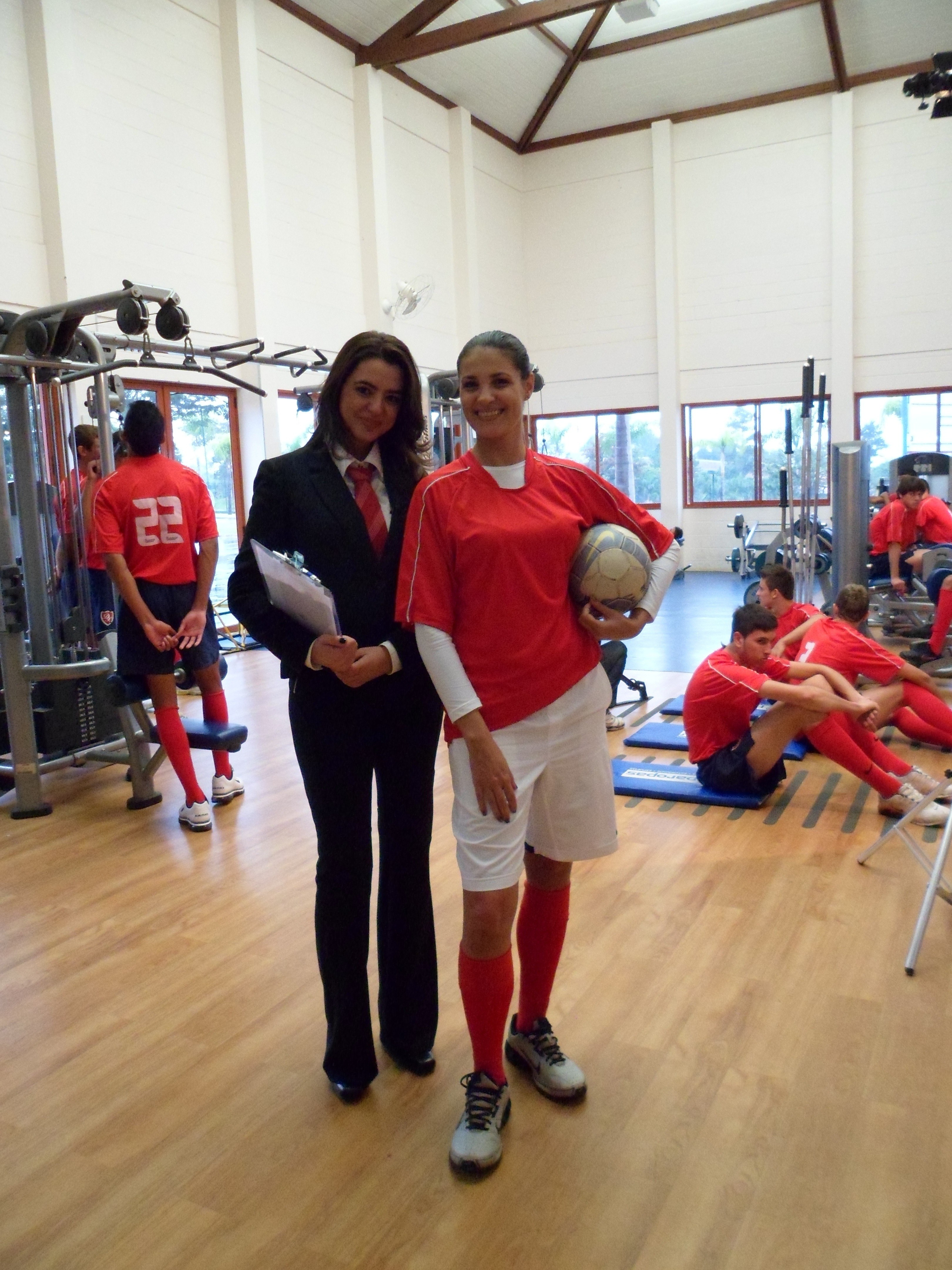 Luciana Martins reforça o time do Jogo de Cintura ao lado de Dani Borba a partir do dia 30 de junho (Foto: Reprodução / TV TEM)