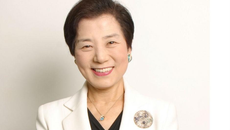 A empresária Yoshiko Shinohara, a primeira bilionária a construir sua própria fortuna no Japão (Foto: Divulgação)