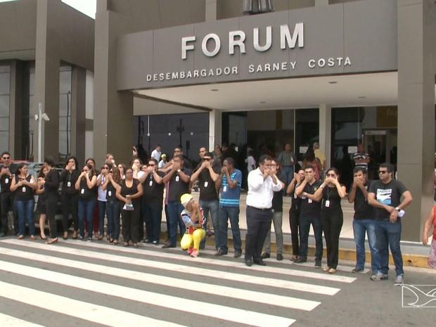 Mobilização em São Luís também foi para protestar contra o desvio de função (Foto: Reprodução/TV Mirante)