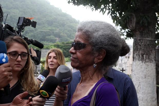 A atriz Niana Machado, a Bá de Pé na Cova (Foto: Alex Palarea /AgNews)