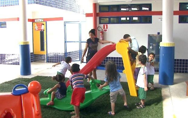 Espaço recreativo é uma das opções de atividades para as crianças, além de salade leitura e laboratorio de informática (Foto: Bom Dia Amazônia)