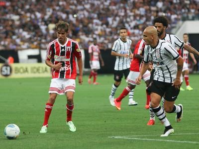 Wesley, atacante do Botafogo-SP (Foto: Rogério Moroti/Ag. Botafogo)