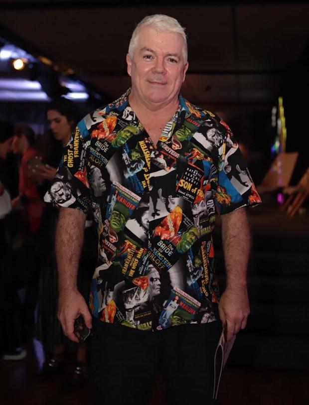 Tim Blanks vestindo sua camisa estampada no JK Iguatemi (Foto: Divulgação)