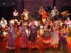 Com músicas em 20 línguas, Grupo Mawaca faz show em Piracicaba, SP