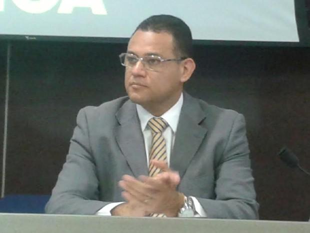 Delegado geral Riedel Batista participou da audiência pública (Foto: Gustavo Almeida/G1)